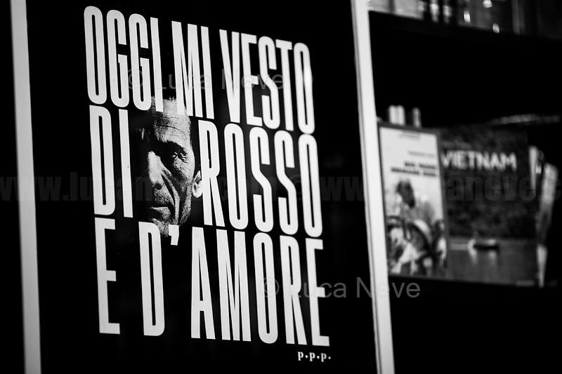 Oggi Mi Vesto Di Rosso E D'Amore (Today I wear Red and Love).<br /> <br /> Roma & Romans Part 33 – 2020.
