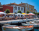 "Kroatien, Istrien, Rovinj: ""Perle Istriens"" Altstadt, Boote und Strassencafes | Croatia, Istria, Rovinj: ""Perl of Istria"" old town, boats and cafes"