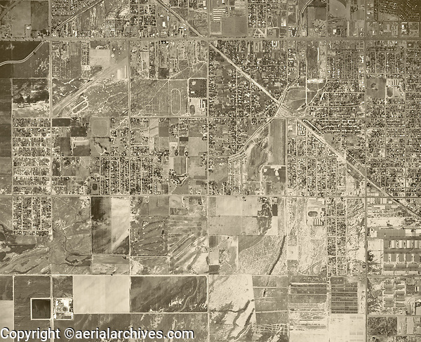 historical aerial photograph Bakersfield, Kern county, 1967
