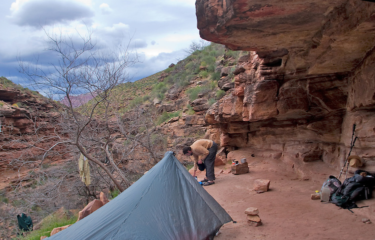 Arizona, Grand Canyon, Grand Canyon National Park, Hermit Trail, Hermit Creek campsite, camper, Hermit to Bright Angel Loop, Southwest, U.S.A., released,