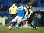 St Johnstone v Hibs…16.03.18…  McDiarmid Park    SPFL<br />Murray Davidson's shot is blockled by Paul Hanlon<br />Picture by Graeme Hart. <br />Copyright Perthshire Picture Agency<br />Tel: 01738 623350  Mobile: 07990 594431