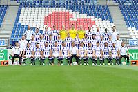 VOETBAL: HEERENVEEN: Abe Lenstra Stadion 16-07-2015, Teamfoto SC Heerenveen, ©foto Martin de Jong<br /> <br /> Achterste rij (van links naar rechts)Harmen Kuperus (keeperstrainer), Tarik Kada, Willem Huizing, Michel Vlap, Maarten de Fockert, Erwin Mulder, Wieger Sietsma, Rewan Amin, Joris Voest, Rannick Schoop, Vincent Schinkel (fysiotherapeut)Middelste rij (van links naar rechts)Herman van Dijk (teammanager), Robert van Koesveld, Morten Thorsby, Pascal Huser, Branco van den Boomen, Henk Veerman, Joost van Aken, Pelle van Amersfoort, Kenneth Otigba, Younes Namli, Doke Schmidt, Erik ten Voorde (fysiotherapeut)<br /> Voorste rij (van links naar rechts)Tieme Klompe (assistent-trainer), Lucas Bijker, Caner Cavlan, Luciano Slagveer, Jordy Buijs, Sam Larsson, Dwight Lodeweges (trainer/coach), Simon Thern, Joey van den Berg, Stefano, Jeremiah St. Juste, Pele van Anholt, Johnny Jansen (assistent-trainer)