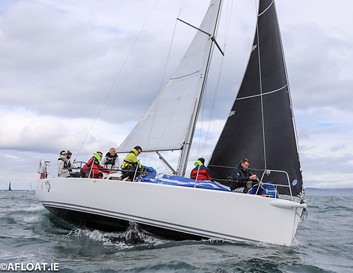 Artful Dodjer leads Indian in IRC2 division of theDun Laoghaire to Dingle race
