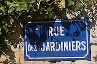 Europe/France/Midi-Pyrénées/46/Lot/Castelfranc: Plaque de la rue conduisant au Jardin des Sens