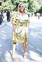 NEW YORK, NY- SEPTEMBER 10: Jane Krakowski seen at the NYFW S/S 2022 Michael Kors fashion show at Tavern On The Green in New York City on September 10, 2021. Credit: RW/MediaPunch<br /> CAP/MPI/RW<br /> ©RW/MPI/Capital Pictures