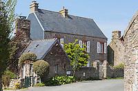Europe/France/Normandie/Basse-Normandie/50/Manche/Auderville: Maisons du hameau de La Roche,  ou réside l'écrivain Didier Decoin
