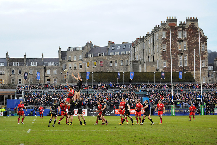 General view of a lineout during the European Rugby Champions Cup match between Bath Rugby and RC Toulon - 23/01/2016 - The Recreation Ground, Bath Mandatory Credit: Rob Munro/Stewart Communications
