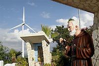 - eolic power station of Albanella (Salerno), Father Pio statue....- centrale eolica di Albanella (Salerno), statua di Padre Pio
