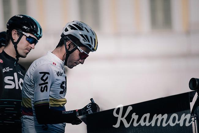 Sergio Henao (COL/SKY) at sign-on<br /> <br /> Il Lombardia 2017<br /> Bergamo to Como (ITA) 247km