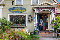 Charming standalone bookstore, Rochester, Vermont, USA.