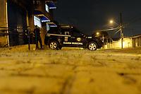 Campinas (SP), 20/01/2021 - Vacinas Coronavac - Guardas Municipais da cidade de Campinas (SP), fazem a segurança do local onde estão armazenadas as vacinas contra a Covid-19. Segundo a Prefeitura, cerca de 24.900 doses da Coronavac chegaram vindas do Instituto Butantan, em São Paulo, ainda na noite desta quarta-feira.