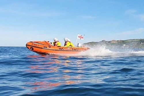 Howth RNLI rescue kite-surfer in difficulty