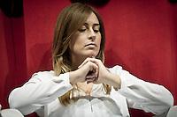 Maria Elena Boschi Ministro per le Riforme costituzionali e per i Rapporti con il Parlamento del Governo Renzi, presente in conferenza a Pescara, guarda il suo anello solitario. 31 Maggio 2014. photo credit Adamo Di Loreto/BuenaVista*photo