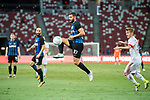 FC Internazionale Midfielder Antonio Candreva (C) in action during the International Champions Cup match between FC Bayern and FC Internazionale at National Stadium on July 27, 2017 in Singapore. Photo by Marcio Rodrigo Machado / Power Sport Images