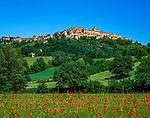 Italien, Toskana, Provinz Siena, Chiusdino: mittelalterliches Staedtchen | Italy, Tuscany, Province of Siena, Chiusdino: medieval small town