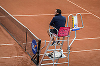 Amstelveen, Netherlands, 5  Juli, 2021, National Tennis Center, NTC, AmstelveenWomans Open, Umpire in chair<br /> Photo: Henk Koster/tennisimages.com
