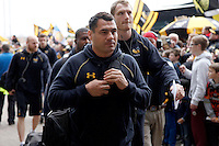 Photo: Richard Lane/Richard Lane Photography. Wasps v Exeter Chiefs.  European Rugby Champions Cup Quarter Final. 09/04/2016. Wasps' George Smith arrives at the Ricoh Arena.