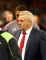Pictured: Warren Gatland manager for Wales (R) Saturday 29 November 2014<br />