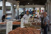 Europe/Belgique/Flandre/Flandre Occidentale/Bruges: Centre historique classé Patrimoine Mondial de l'UNESCO,le marché au poisson: Vismarkt, le long du canal Groenerei //  Belgium, Western Flanders, Bruges, historical centre listed as World Heritage by UNESCO, The Fish Market: Vismarkt, along the Groenerei canal