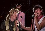 Daryl Hall, Paul Young, David Ruffin,