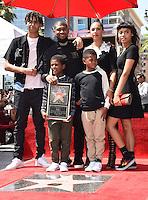 Usher + wife + kids @ Usher Walk of Fame ceremony held @ 6201 Hollywood blvd. September 7, 2016 , Hollywood, USA. # USHER A SON ETOILE SUR LE 'WALK OF FAME'