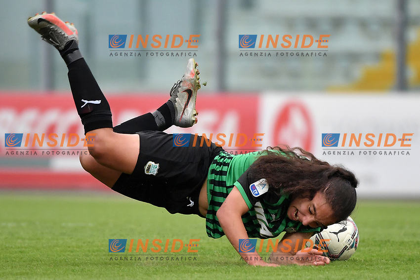 Haley Bugeja of Sassuolo falls after a foul during the women Serie A football match between US Sassuolo and Hellas Verona at Enzo Ricci stadium in Sassuolo (Italy), November 15th, 2020. Photo Andrea Staccioli / Insidefoto