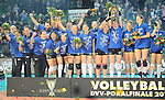 Halle/Westfalen, Germany, March 01: Players of Allianz MTV Stuttgart pose after defeating Ladies in Black Aachen to win the Volleyball DVV-Pokalfinale (Damen) on March 1, 2015 at the Gerry Weber Stadion in Halle/Westfalen, Germany. Final score 2-3 (25-17, 25-20, 19-25, 19-25, 13-15). (Photo by Dirk Markgraf / www.265-images.com) *** Local caption ***
