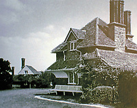 Blaise Hamlet Plan by John Nash, 1810-11. Diamond Cottage with Vine Cottage in distance.