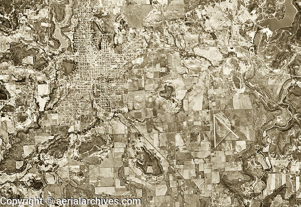 historical aerial photograph Mineral Wells, Palo Pinto and Parker Counties, Texas, 1953