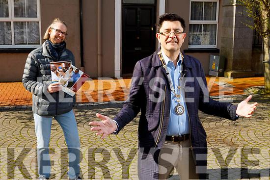 Tralee Toastmaster Anthony Garvey standing with Sergey Udaltsov on Monday.