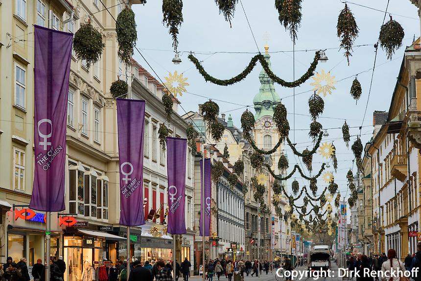 Einkaufsstraße Herrengasse im Weihnachtsschmuck, Graz, Steiermark, Österreich<br /> Christmas decoration at shopping street Herrengasse, Graz, Styria, Austria