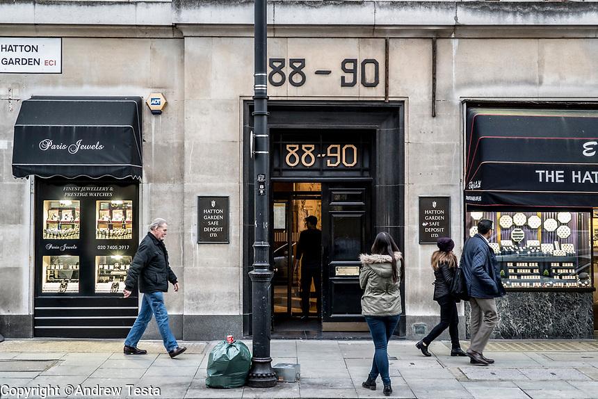 UK. London. 4th December 2015<br /> The entrance to Hatton Garden Safe Deposit Ltd.<br /> Andrew Testa for the New York Times