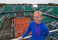 Paris, France, 03 June, 2016, Tennis, Roland Garros, semi finalist Kiki Bertens (NED) ) on the roof of Philippe Chatrier Court<br /> Photo: Henk Koster/tennisimages.com