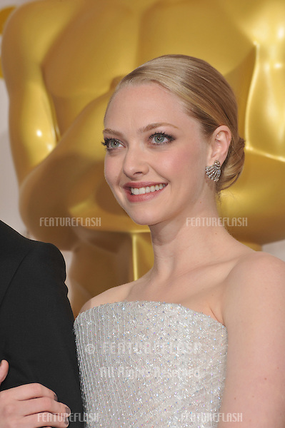 Amanda Seyfried at the 82nd Academy Awards at the Kodak Theatre, Hollywood..March 7, 2010  Los Angeles, CA.Picture: Paul Smith / Featureflash.