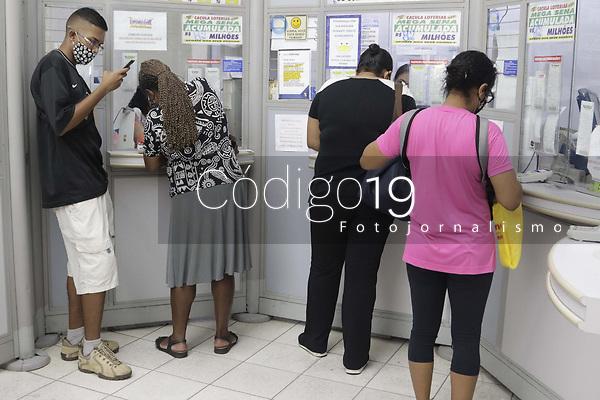 Campinas (SP), 02/09/2020 - Loteria - Movimentacao em casa loterica, nesta quarta-feira (02). Megasena acumulada em R$ 82 milhoes de reais. (Foto: Denny Cesare/Codigo 19/Codigo 19)