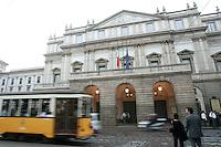 L'esterno del Teatro alla Scala in Milan.<br /> Exterior of La Scala opera house in Milan.<br /> UPDATE IMAGES PRESS/Riccardo De Luca