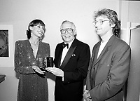 Montreal (qc) CANADA - file Photo - 1991 - <br /> <br /> <br />  - Milton Berle honored at Montreal 1991 Just For Laugh Festival ,backstage photo with Gilbert Rozon, JFL President (R) and Mary Tyler Moore (L)