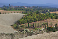 Italy. Tuscany. Village Castelnuovo.Hillsides. 18.09.10 © 2010 Didier Ruef