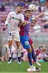 FC Barcelona's Nico Gonzalez (r) and Getafe CF's Mauro Arambarri during La Liga match. August 29, 2021. (ALTERPHOTOS/Acero)