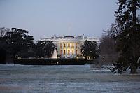 White House / Casa Bianca illuminata in inverno