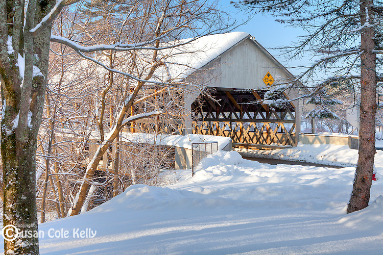 The Quechee Bridge in Quechee village, Hartford, VT, USA