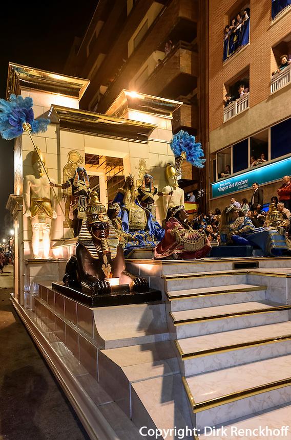 Wagen der Kleopatra bei  der Karfreitagsprozession der Semana Santa (Karwoche) in Lorca,  Provinz Murcia, Spanien, Europa