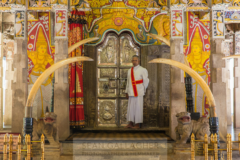 The temple of the Tooth (Sri Dalada Maligawa) shrine town in Kandy, the second biggest city in Sri Lanka.