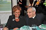 GABRIELLA FAGNO BERTINOTTI CON DON GIULIO DELLA VITE A VILLA SOSPISIO 2009