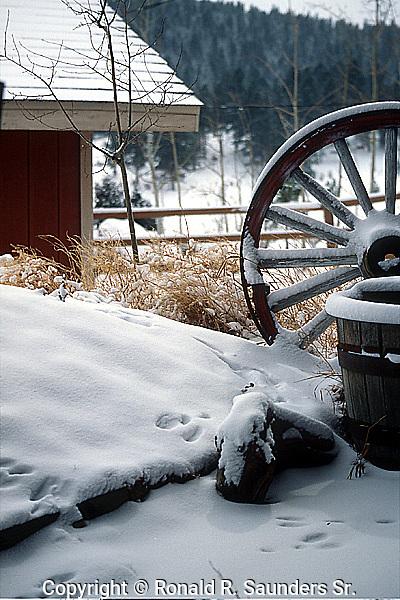 WESTERN SNOW SCENE