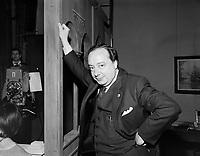 Sujet : Rene Caron<br /> Date : Entre le 7 et 13 février 1966<br /> <br /> Photographe : Photo Moderne - © Agence Québec Presse