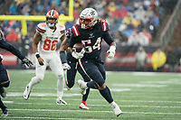 FOXBOROUGH, MA - OCTOBER 27: New England Patriots Linebacker Dont'a Hightower #54 with a fumble recovery during a game between Cleveland Browns and New Enlgand Patriots at Gillettes on October 27, 2019 in Foxborough, Massachusetts.