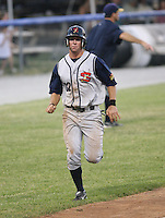 2007:  Austin McClune of the State College Spikes pruns home to score during a game vs. the Batavia Muckdogs in New York-Penn League baseball action.  Photo By Mike Janes/Four Seam Images