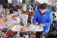 Trezzano sul Naviglio (Milano) - Ri-MAFLOW, Cooperativa Sociale ONLUS fondata all'inizio del 2013 dai lavoratori licenziati di MAFLOW  e di altre aziende in chiusura, oltre che da precari, disoccupati e pensionati, sorta nei capannoni del vecchio sito industriale chiuso alla fine del 2012; fra le varie attività di Ri-Maflow il mercatino dell'usato, hobbistica, artigianato e collezionismo.<br /> <br /> Trezzano sul Naviglio (Milan) - Re-MAFLOW, Social Cooperative Onlus founded in early 2013 by the dismissed workers of MAFLOW and other companies in closing, as well as temporary workers, unemployed and pensioners, bornin the sheds of the old industrial site closed at the end of 2012; among other activities of Re-Maflow the flea market of  hobbies, craftsmanship and collectibles