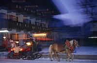Europe/Autriche/Tyrol/Schlitters: Départ en traineau pour la messe de Noël [Non destiné à un usage publicitaire - Not intended for an advertising use]